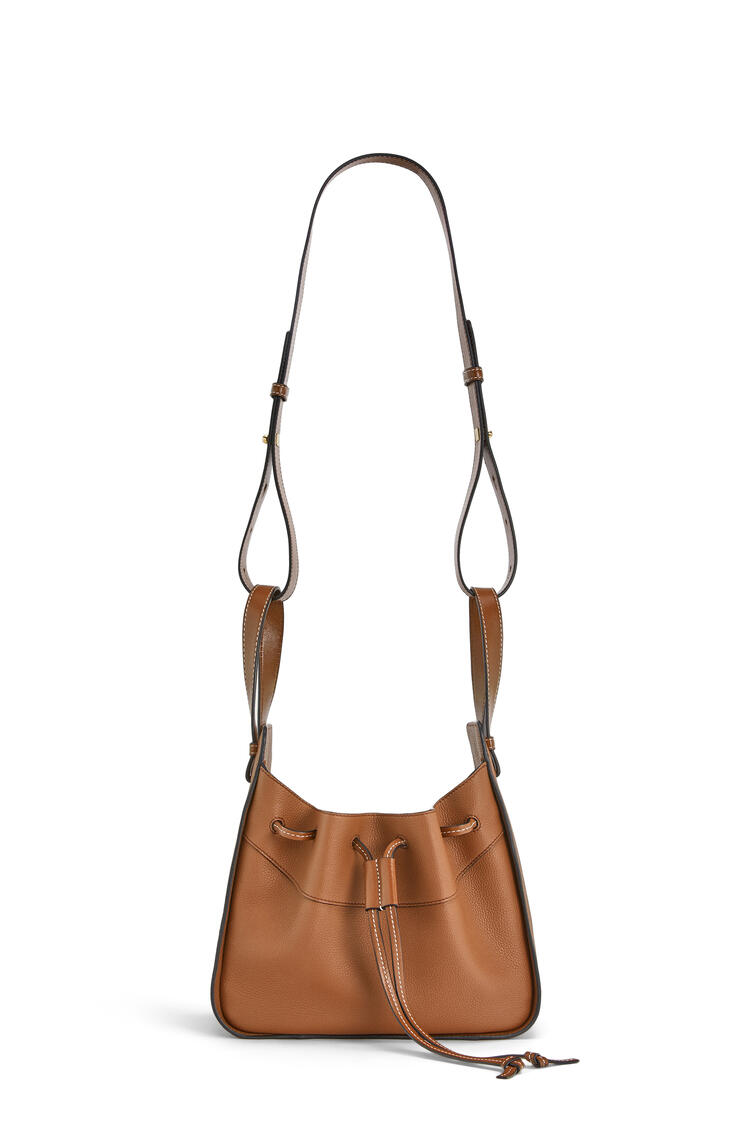 LOEWE Small Hammock Drawstring bag in soft grained calfskin Light Caramel pdp_rd