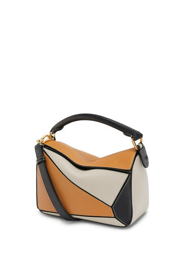 LOEWE Puzzle bag in classic calfskin Amber/Light Oat pdp_rd