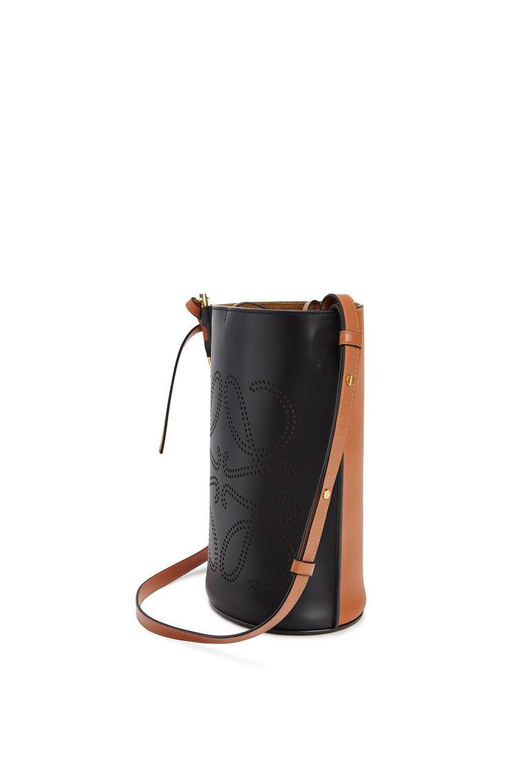 LOEWE アナグラム ゲート バケットバッグ(ナチュラル カーフスキン) ブラック/タン pdp_rd