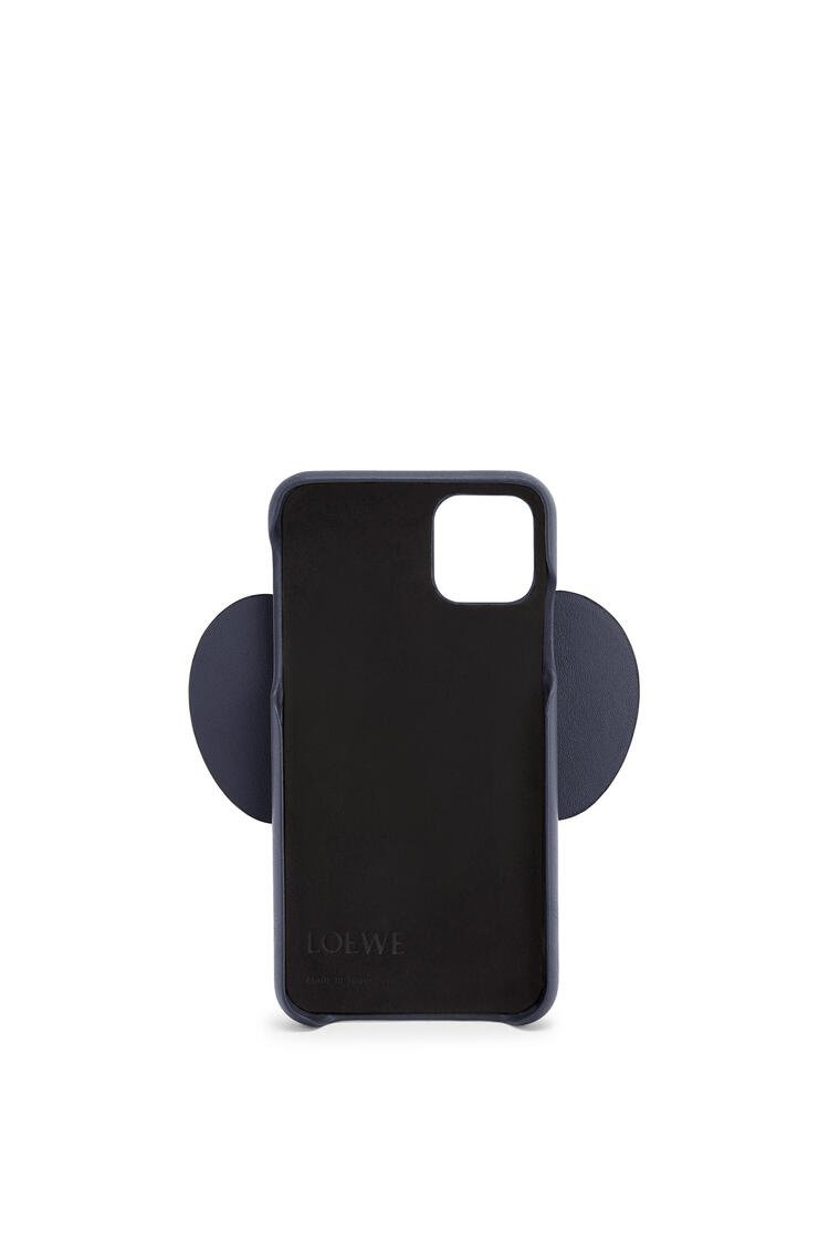 LOEWE Elephant cover for iPhone 11 in classic calfskin Deep Blue pdp_rd