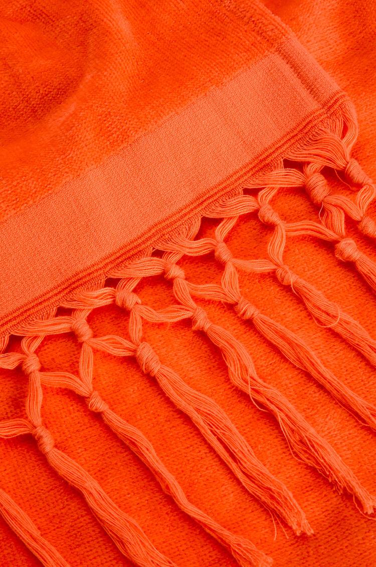 LOEWE 170cm x 105cm LOEWE towel with tassels in cotton Fluo Orange pdp_rd