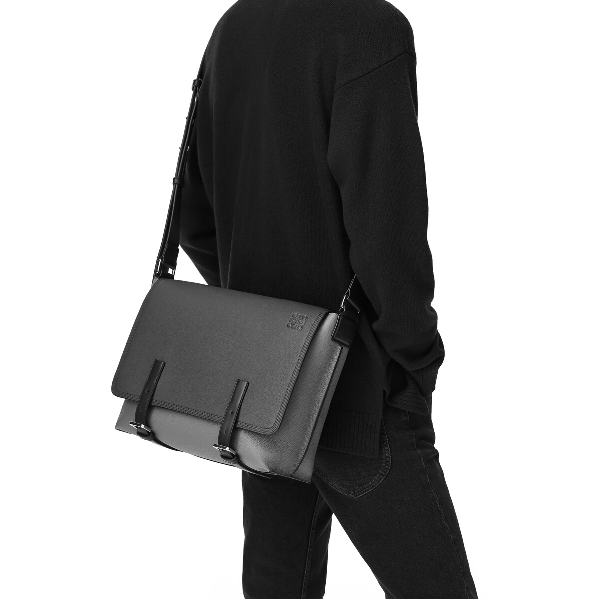 LOEWE Military Messenger Bag Cognac front