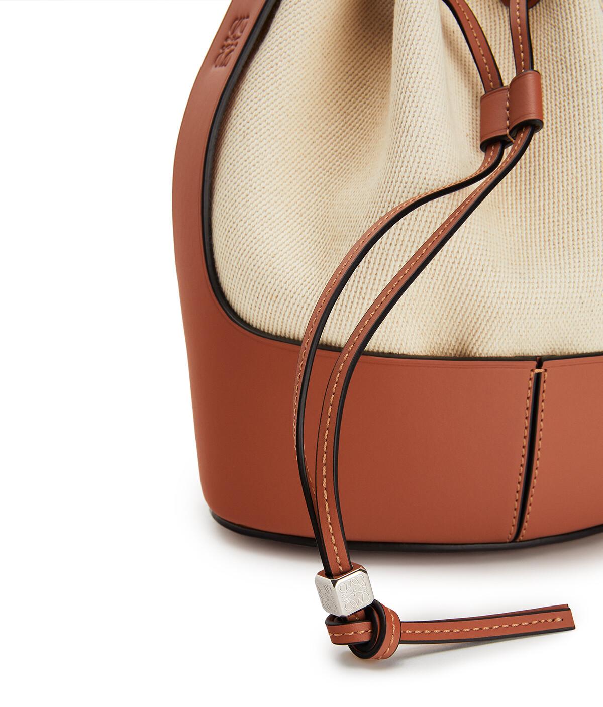 LOEWE Balloon Small Bag Ecru/Tan front