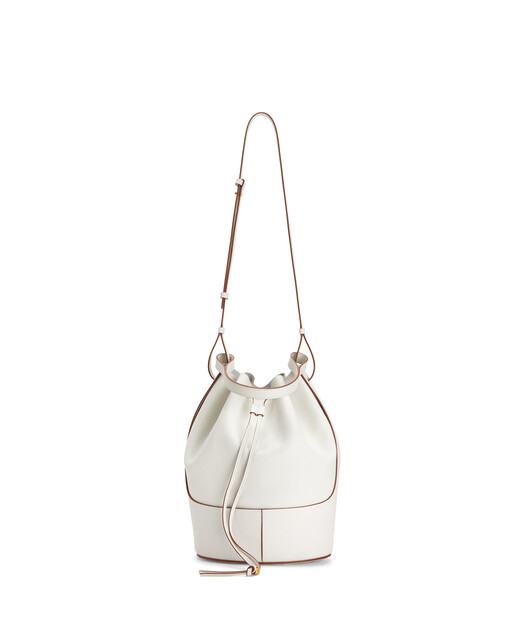 LOEWE Balloon Bag Soft White front