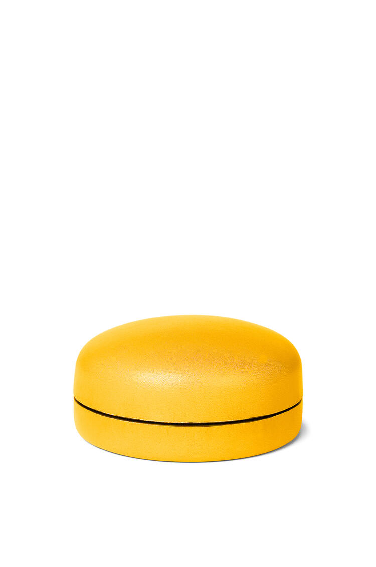 LOEWE Caja mediana en piel de ternera Amarillo Yema pdp_rd