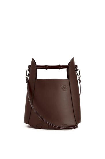 LOEWE Bamboo bucket bag in calfskin Chestnut pdp_rd