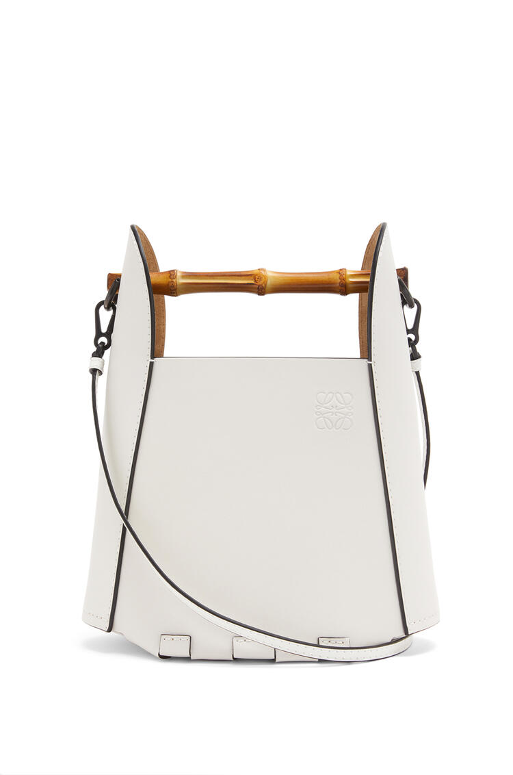 LOEWE Bamboo bucket bag in calfskin Soft White pdp_rd