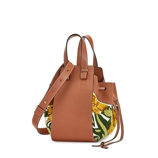 LOEWE Hammock Drawstring Floral Small Bag 黄色 front