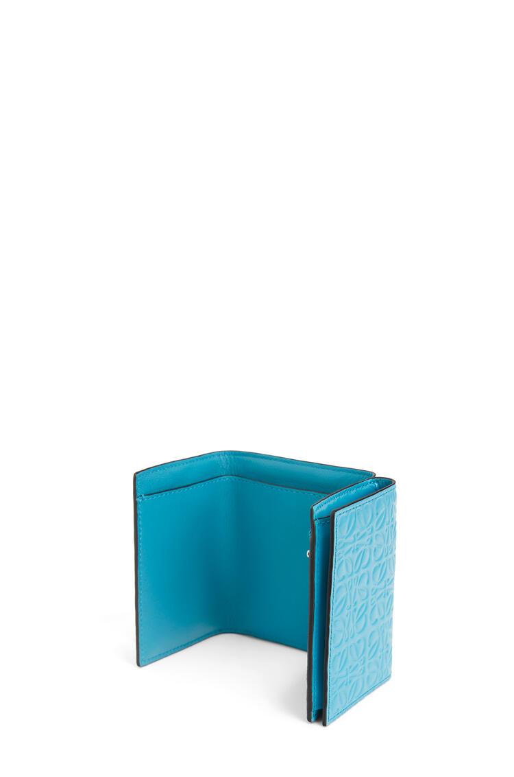 LOEWE Trifold wallet in calfskin Peacock Blue pdp_rd