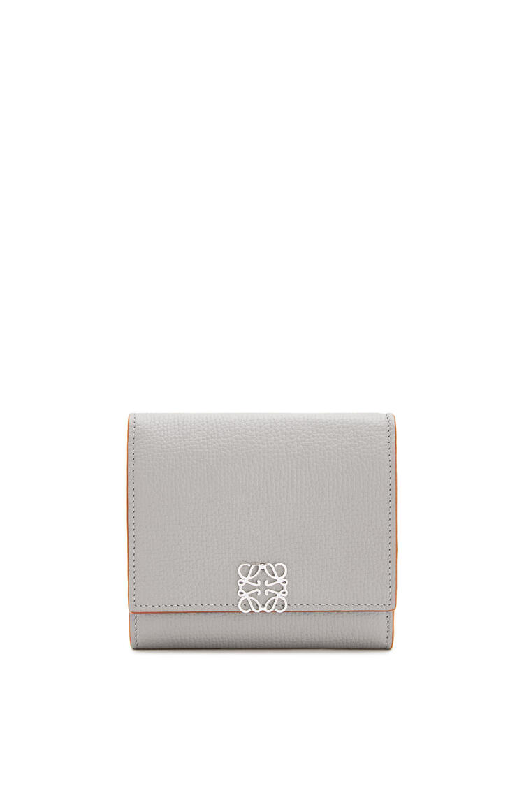LOEWE Anagram square 8 cc wallet in pebble grain calfskin Smoke pdp_rd