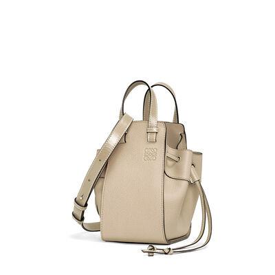 LOEWE Mini Hammock Dw Bag Light Oat  front