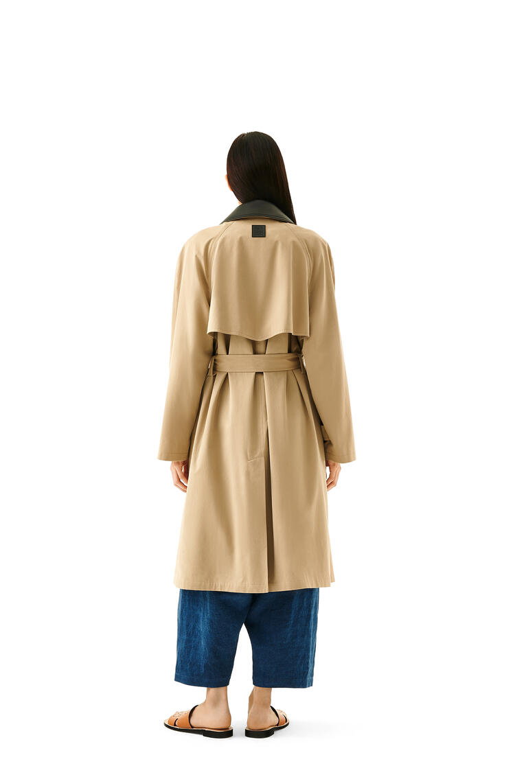 LOEWE Trench coat in cotton and silk Beige pdp_rd