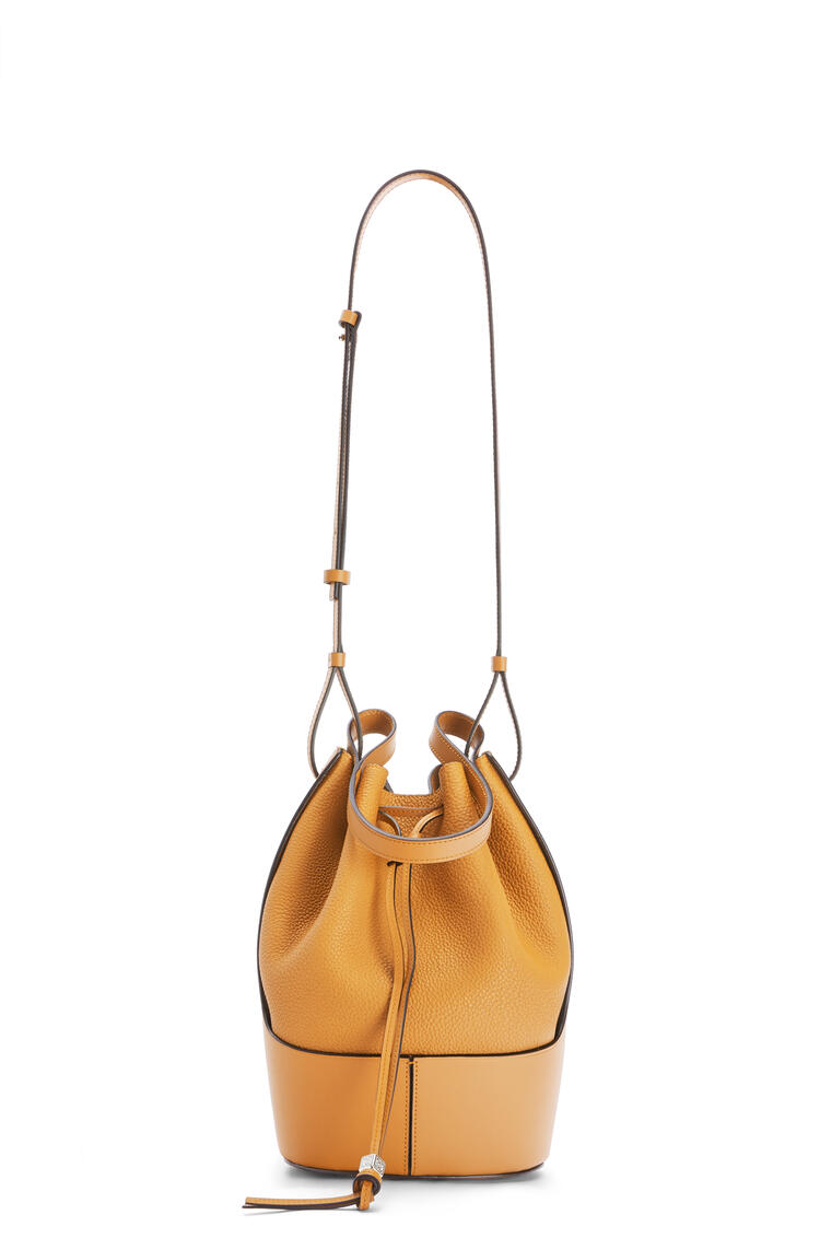 LOEWE Balloon bag in grained calfskin Saffron Yellow pdp_rd