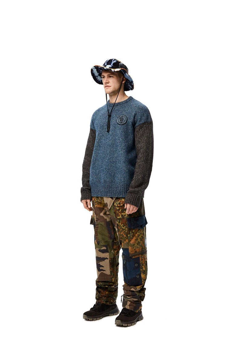 LOEWE Sombrero Explorer en tejido polar Azul/Negro pdp_rd