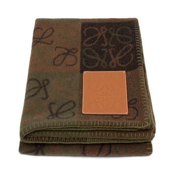 LOEWE 135X170 Anagram Blanket Beige Multitone/Tan front