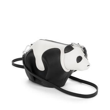 LOEWE Panda Mini Bag 黑色/白色 front