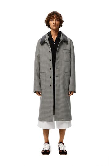 LOEWE Check Car Coat Leather Collar 灰色 front