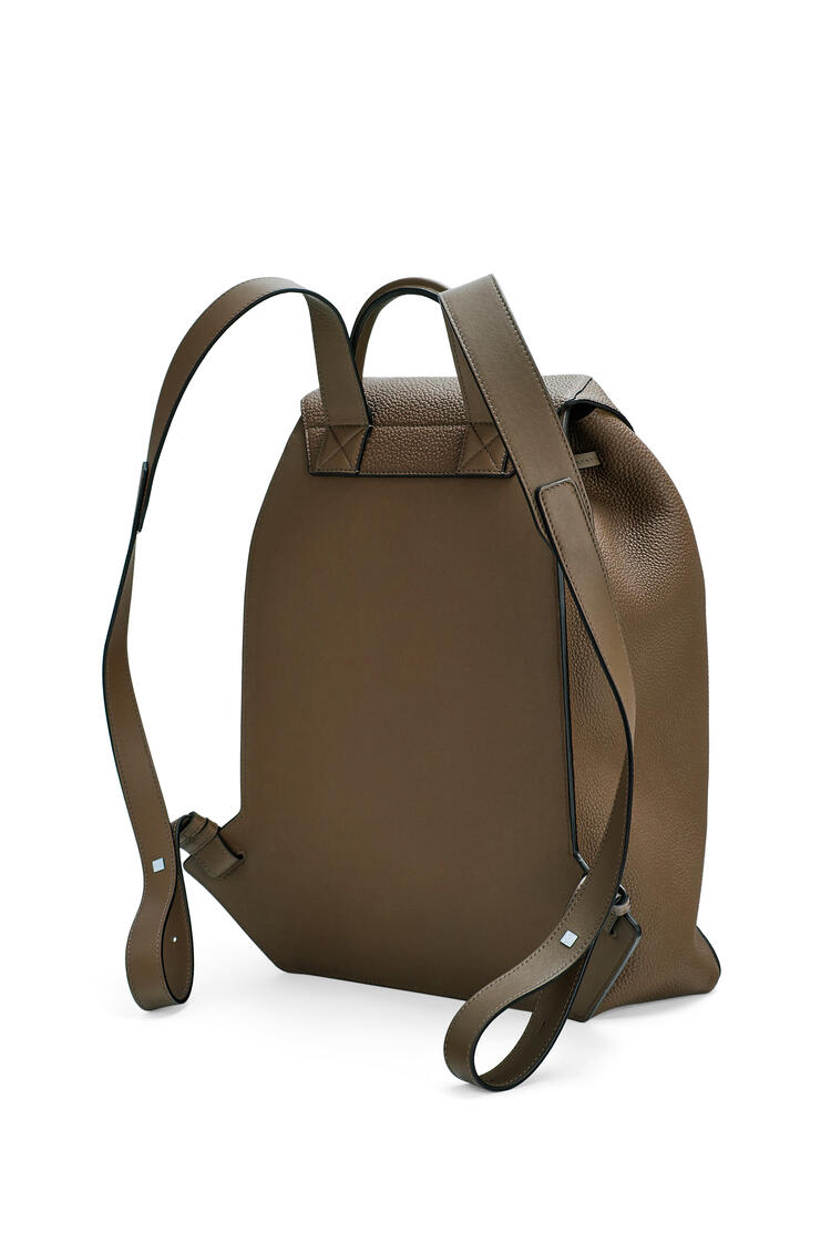 LOEWE Drawstring Backpack in grained calfskin Khaki Brown pdp_rd