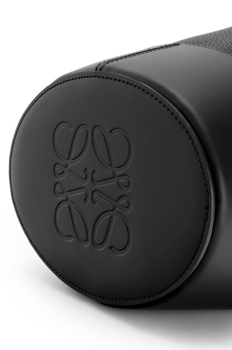 LOEWE Bolso Balloon pequeño en piel de ternera con grano Negro pdp_rd