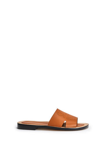 LOEWE Perforated anagram mule in calfskin Light Caramel pdp_rd