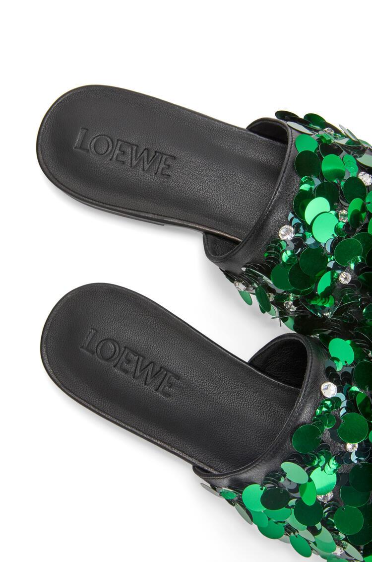 LOEWE Sandalia puntiaguda bordada en piel de ternera Verde Esmeralda pdp_rd