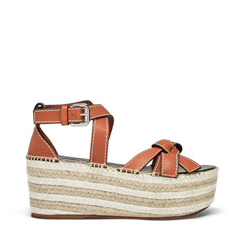 LOEWE Gate Wedge Sandal Rust Red front