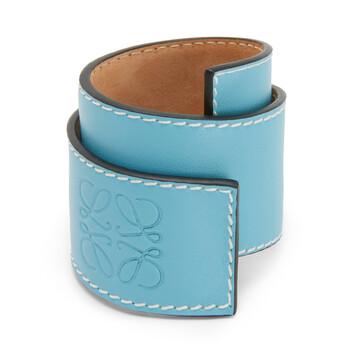 LOEWE Small Slap Bracelet 淡蓝色 front