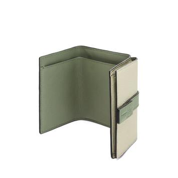 LOEWE トライフォールド ウォレット Sage/Pale Green front