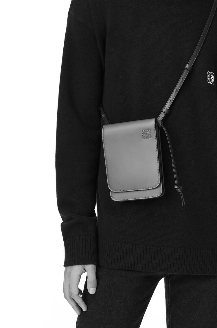 LOEWE Flat Gusset Crossbody bag in smooth calfskin Gunmetal pdp_rd