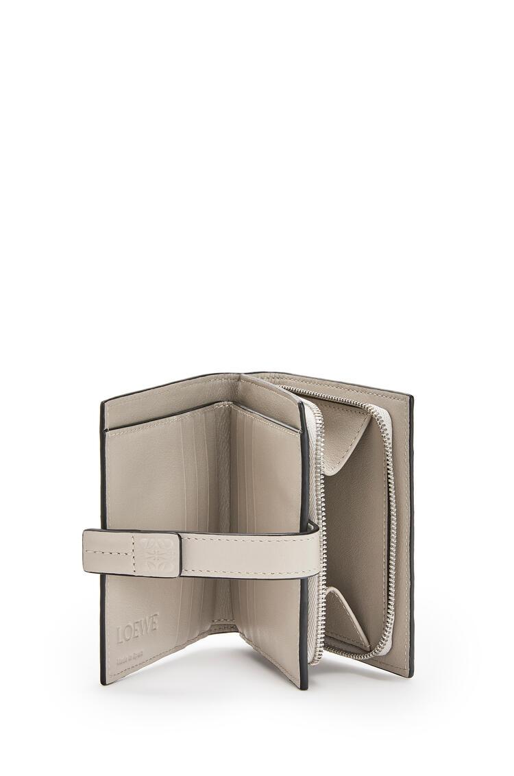 LOEWE Compact Zip Wallet In Soft Grained Calfskin Kaolin/Ghost pdp_rd