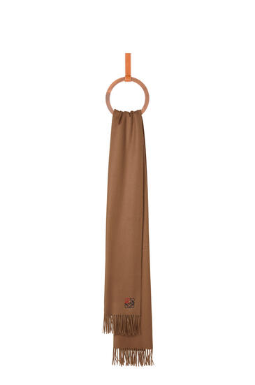 LOEWE Anagram scarf in cashmere Camel pdp_rd