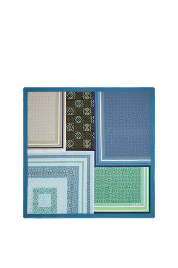 LOEWE 140 x 140 cm scarf in silk 藍色/綠色 pdp_rd