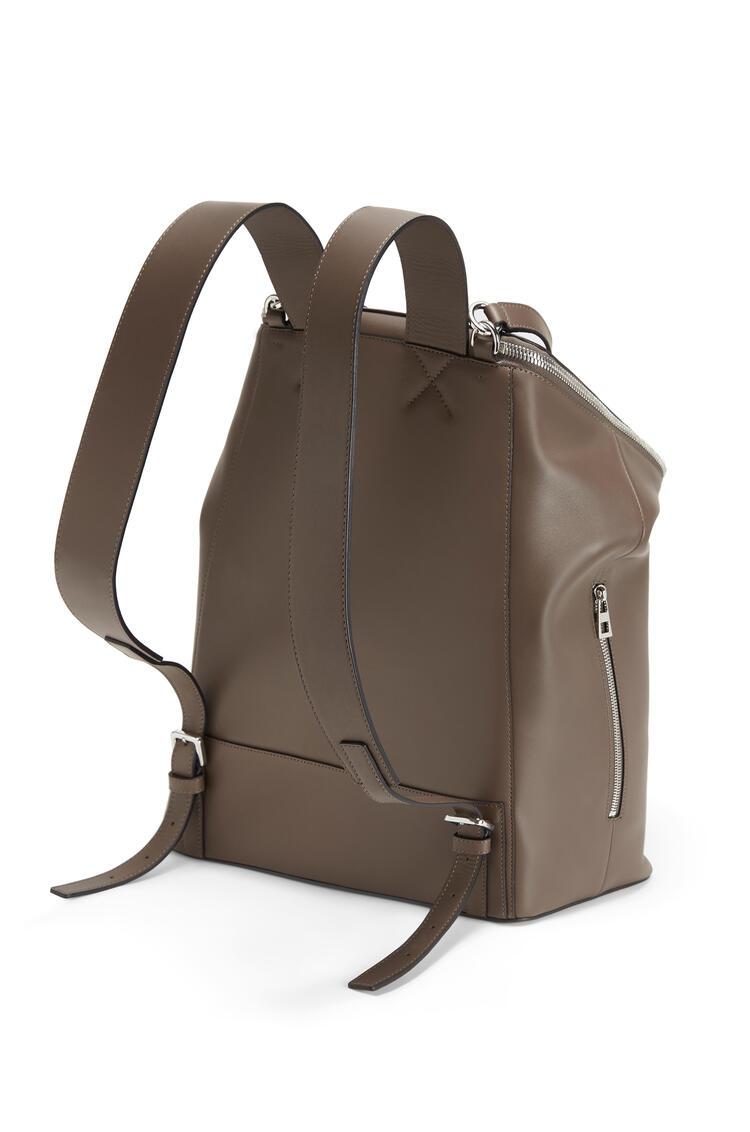 LOEWE Goya backpack in natural calfskin Dark Taupe pdp_rd