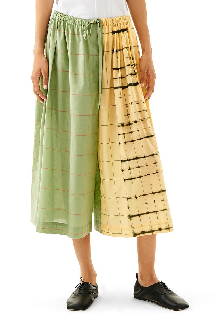 LOEWE Drawstring shorts in check cotton Green/Yellow pdp_rd