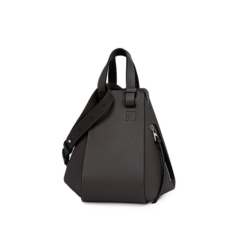 LOEWE Small Hammock bag in classic calfskin Black pdp_rd