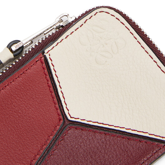 LOEWE Puzzle Coin Cardholder Wine/Garnet front