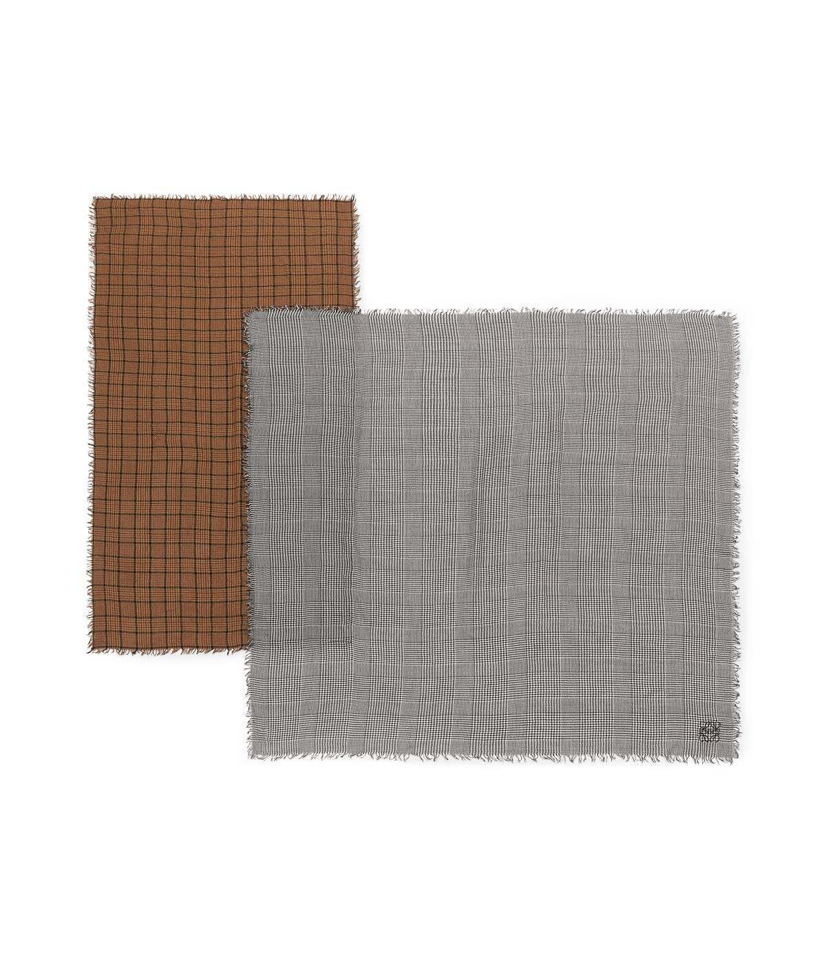 LOEWE 180X220 ダブル スカーフ パッチワーク Toffee/Grey front
