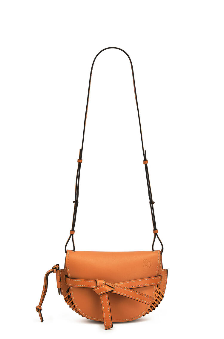 LOEWE Small Gate bag in woven soft calfskin Tan pdp_rd
