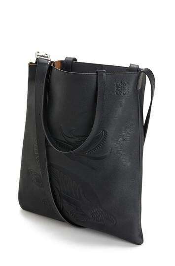 LOEWE Vertical Tote Dragon Bag 黑色 front