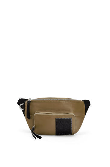 LOEWE Puffy Bumbag in nappa lambskin Khaki Brown/Black pdp_rd