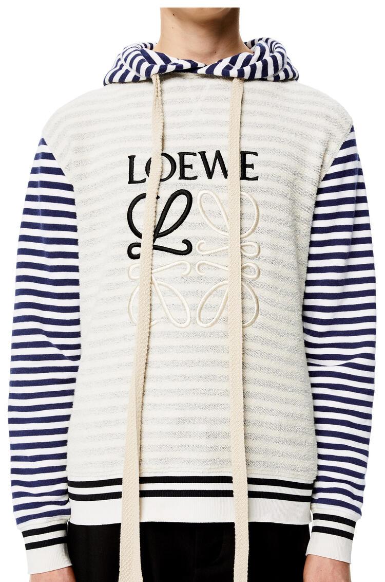 LOEWE Reverse fleece Anagram hoodie in cotton Ecru/Navy Blue pdp_rd