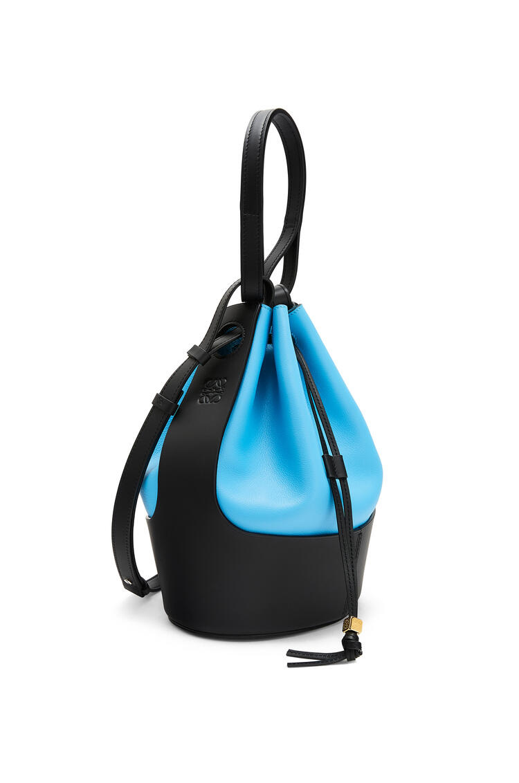 LOEWE Balloon bag in nappa calfskin Topaz Blue/Black pdp_rd