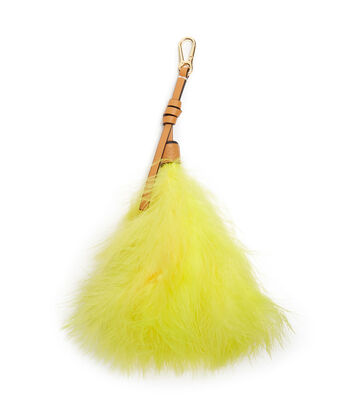 LOEWE Feather Charm 黄色 front