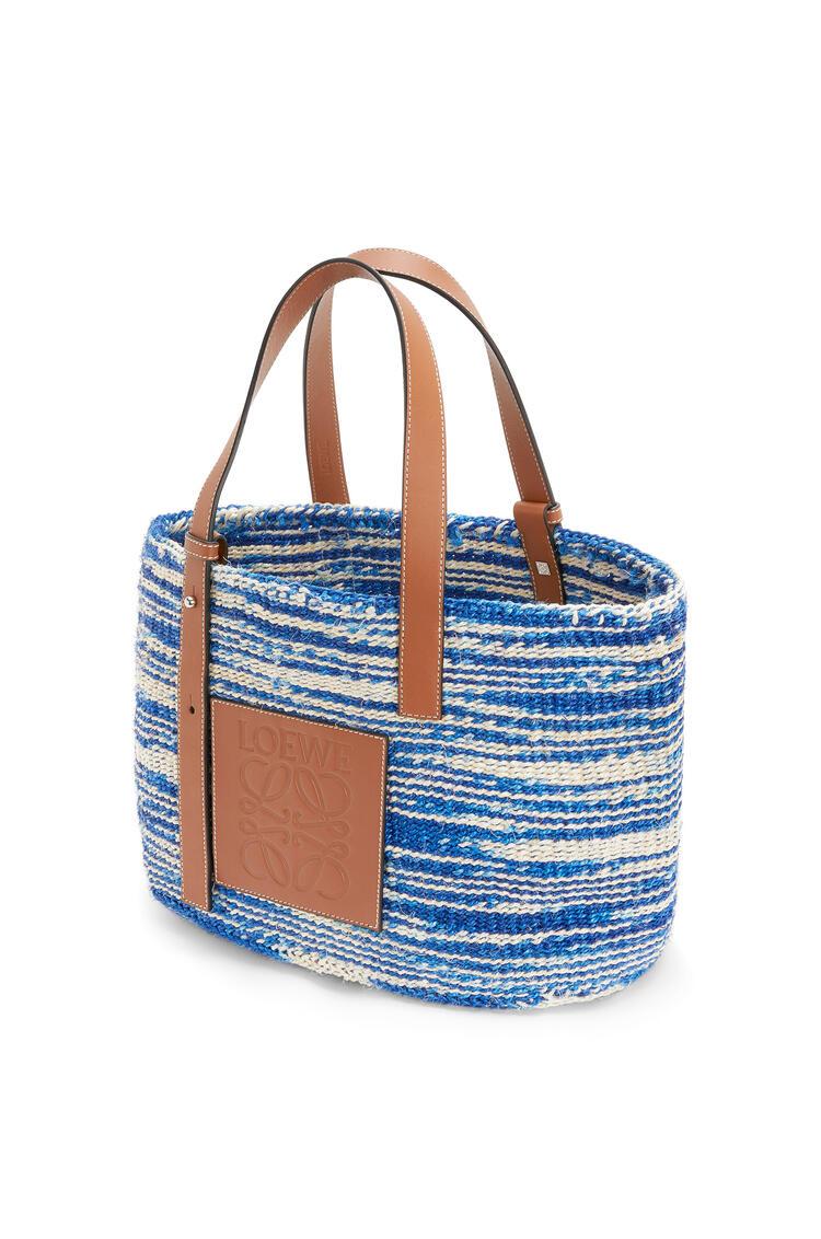 LOEWE Bolso tipo cesta en sisal y piel de ternera Azul/Bronceado pdp_rd