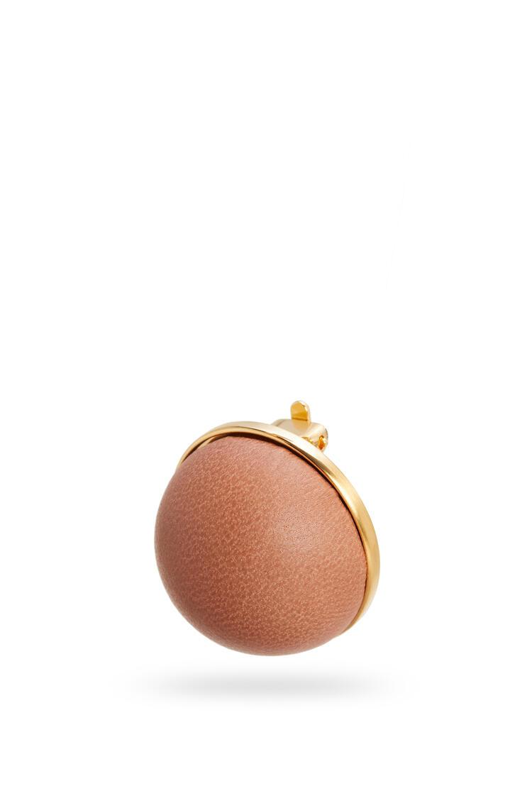 LOEWE Globe Earrings In Lambskin 棕褐 pdp_rd