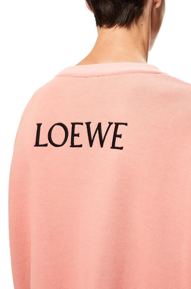 LOEWE Sudadera oversize en algodón con motivo de gallo Rosa Suave pdp_rd