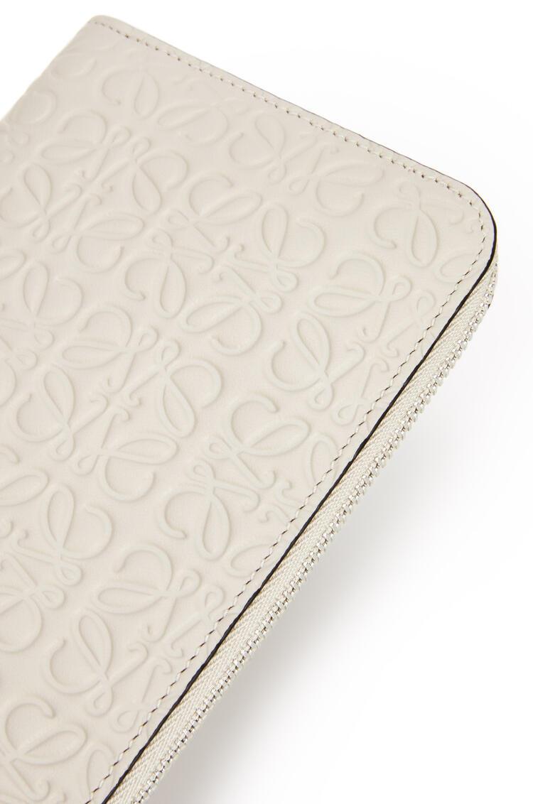 LOEWE Repeat zip around wallet in calfskin Light Oat pdp_rd