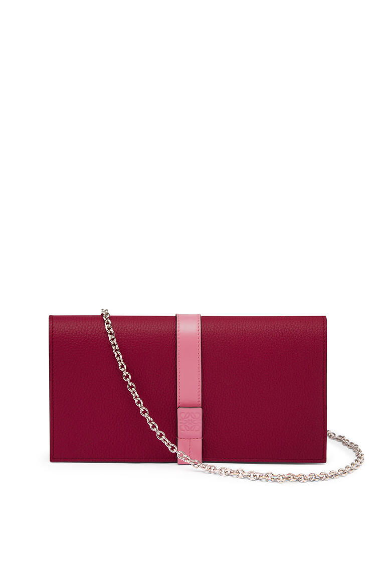 LOEWE Wallet on chain in soft grained calfskin Wild Rose/Raspberry pdp_rd