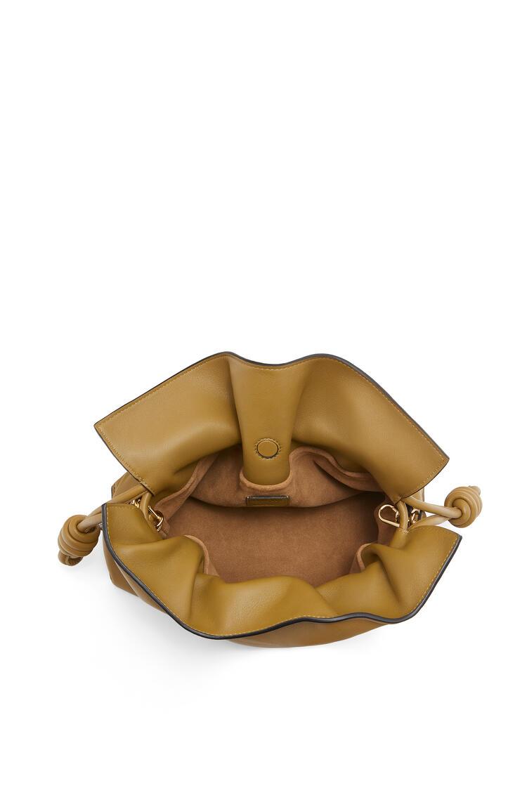 LOEWE Flamenco clutch in nappa calfskin Leaf pdp_rd