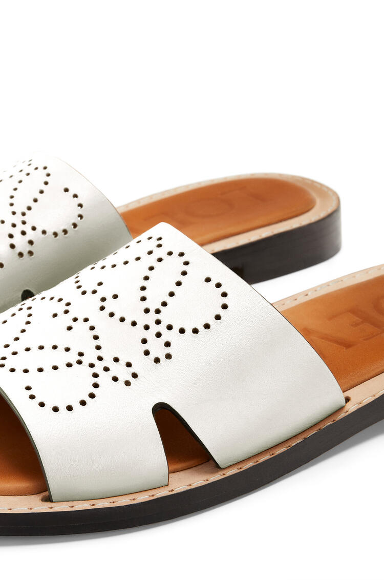 LOEWE Perforated Anagram mule in calfskin White pdp_rd